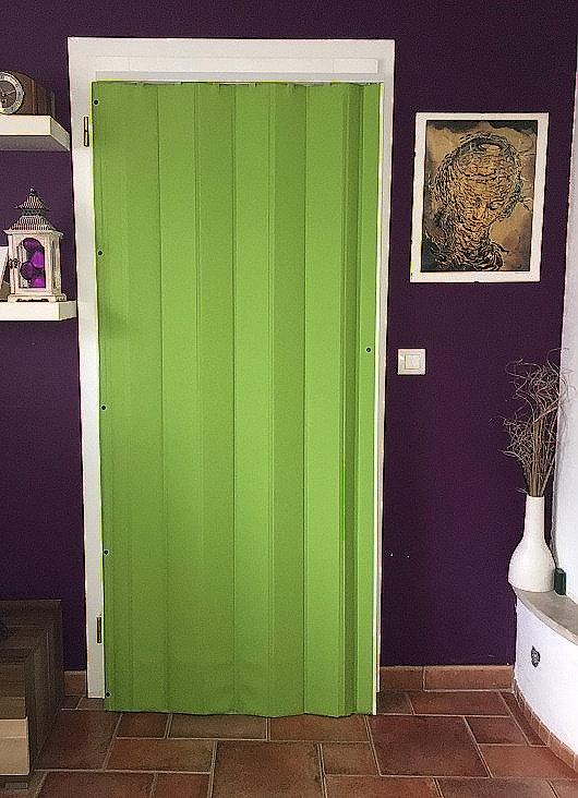 Koženkové shrnovací dveře zelené 83x200cm TYP: plné
